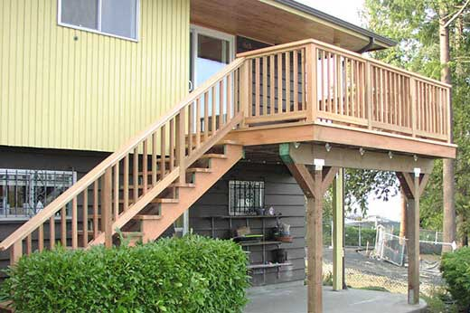 new cedar deck and stairs
